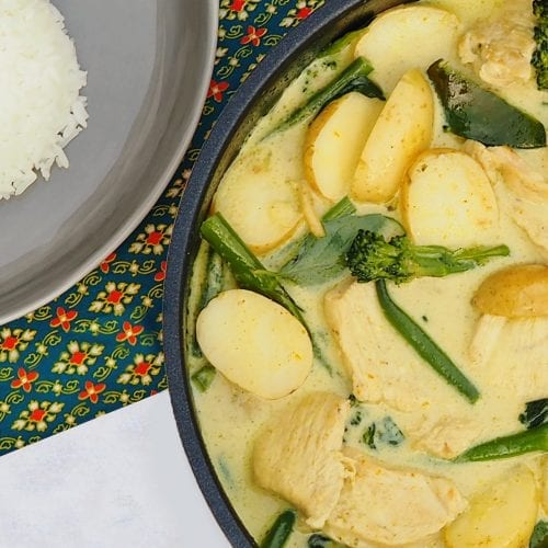 Chicken Thai Green Curry with new potatoes, green beans, tenderstem broccoli