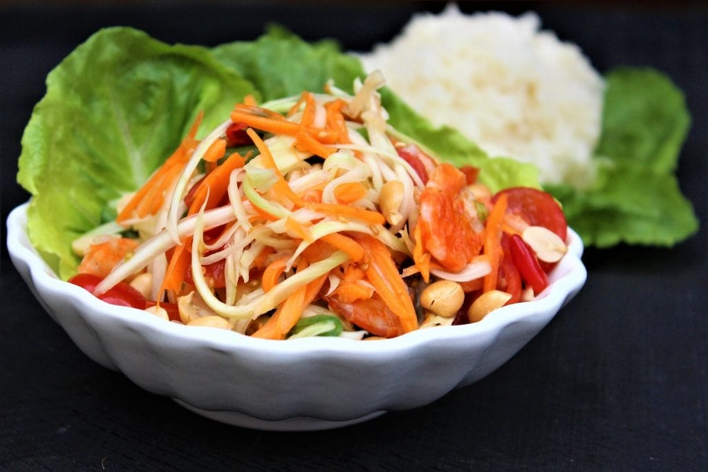 som tam, thai green papaya salad recipe by mae jum